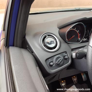 Ford Fiesta MK7 08-17 βάση αεραγωγού